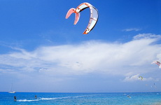 Kite Surfing & Windsurfing